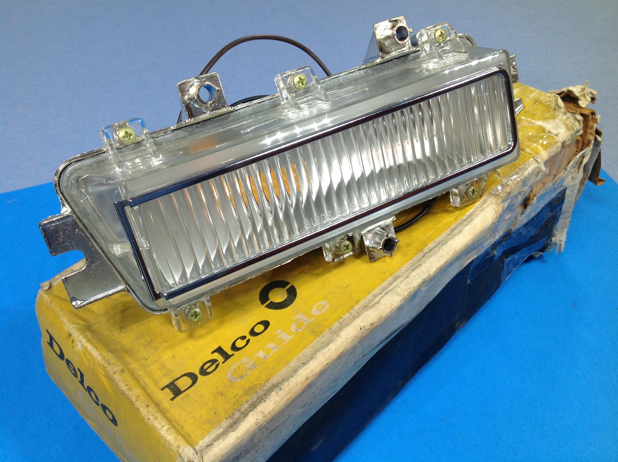 1968 – 1969 – Cornering Lamp Assy #916519